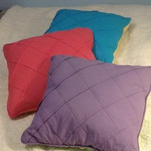 3 BRAND NEW PILLOWS-6 Colors! Double Sided-16x16x6